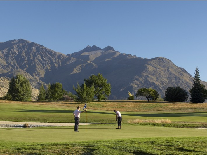 Golfing Holidays New Zealand Queenstown Accommodation